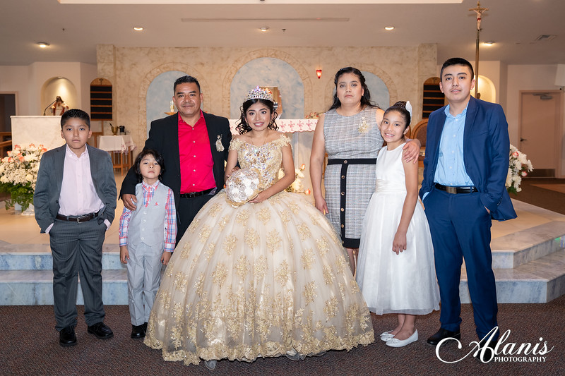 tampa_bay_wedding_quinceanera_photographer_Dalia_PartyDay-104