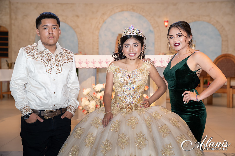 tampa_bay_wedding_quinceanera_photographer_Dalia_PartyDay-132