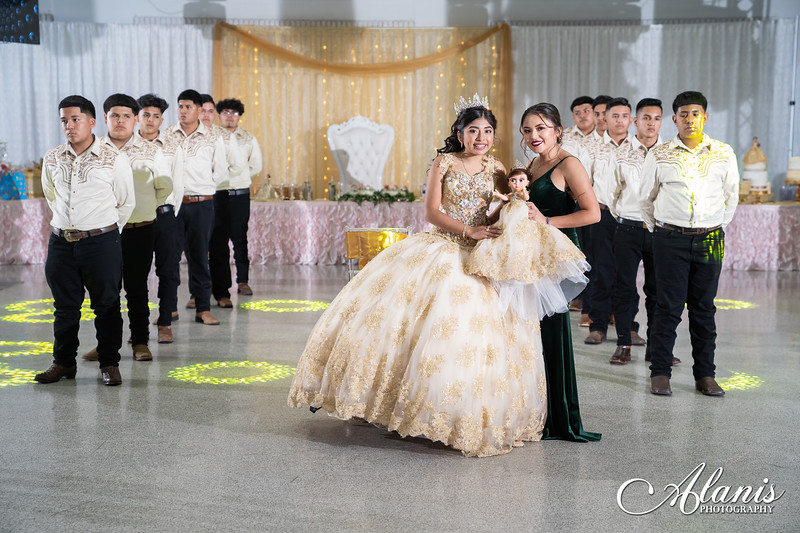 tampa_bay_wedding_quinceanera_photographer_Dalia_PartyDay-229