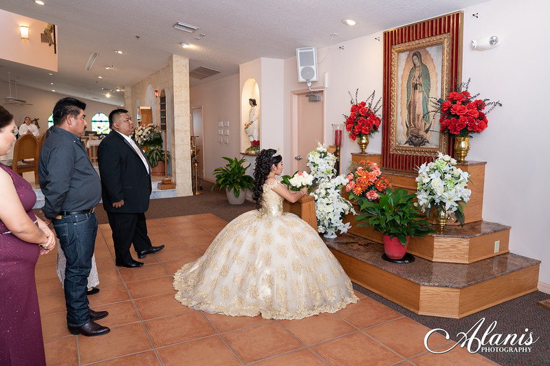 tampa_bay_wedding_quinceanera_photographer_Dalia_PartyDay-85