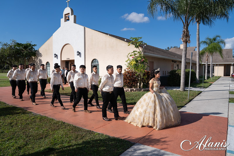 tampa_bay_wedding_quinceanera_photographer_Dalia_PartyDay-133