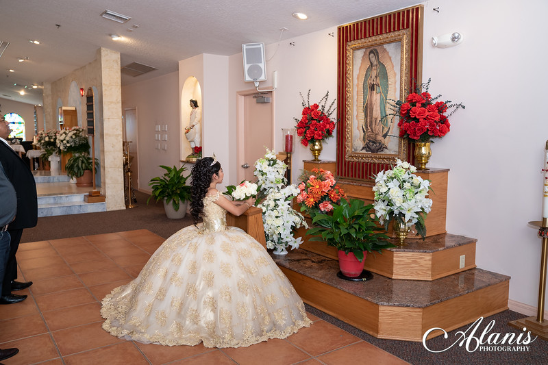 tampa_bay_wedding_quinceanera_photographer_Dalia_PartyDay-86