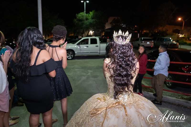 tampa_bay_wedding_quinceanera_photographer_Dalia_PartyDay-292