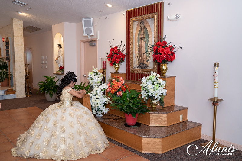 tampa_bay_wedding_quinceanera_photographer_Dalia_PartyDay-88