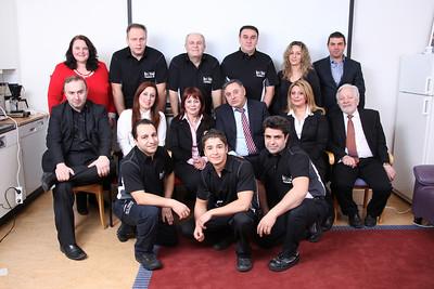 Porträttfotograf Jannis Politidis fotograferar på plats  hos Itri Service