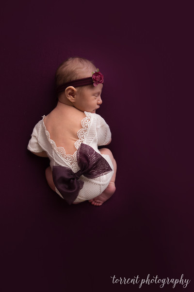 Amira Newborn sneaks (8 of 8)