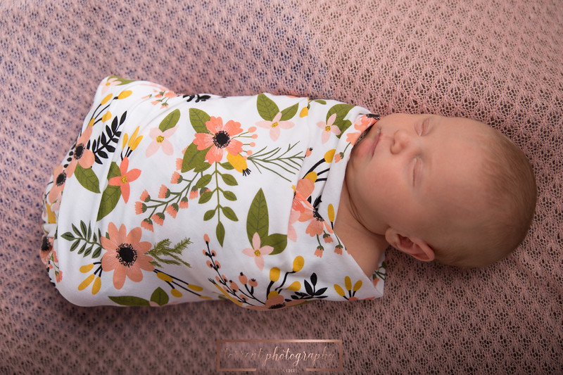 Brittany Button Newborn (12 of 47)