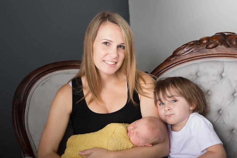 Brittany Button Newborn (30 of 47)
