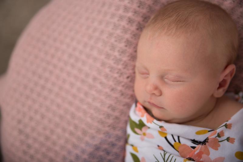 Brittany Button Newborn (11 of 47)