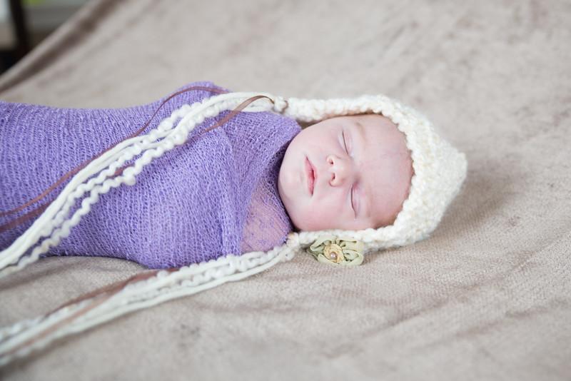Danielle Newborn Session (28 of 91)