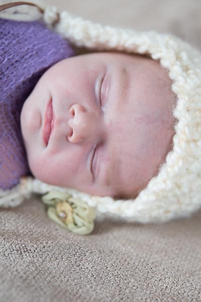 Danielle Newborn Session (25 of 91)