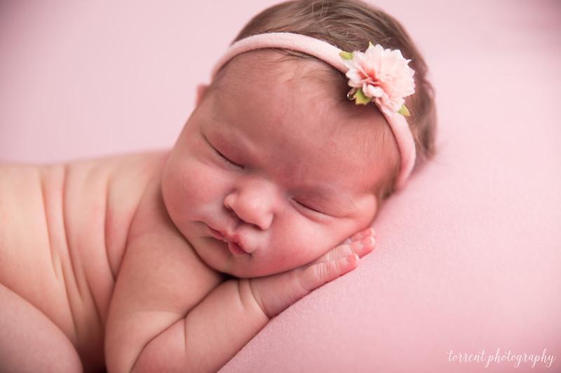 Della Bitker Newborn (4 of 60)