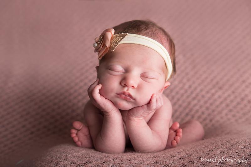 Elysia Newborn  (85 of 90)