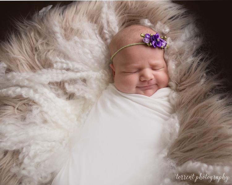 Evi Newborn  (9 of 42)
