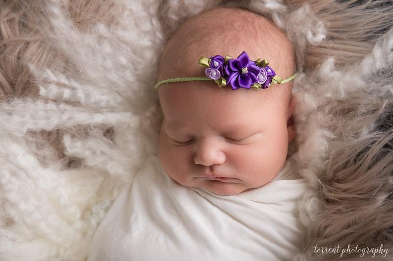 Evi Newborn  (7 of 42)