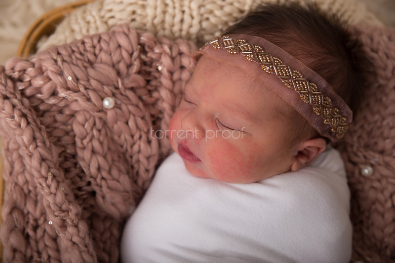 Heather Roberts Newborn (20 of 80)