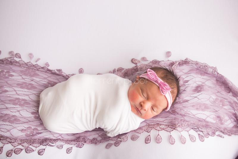 Heather Roberts Newborn (10 of 80)