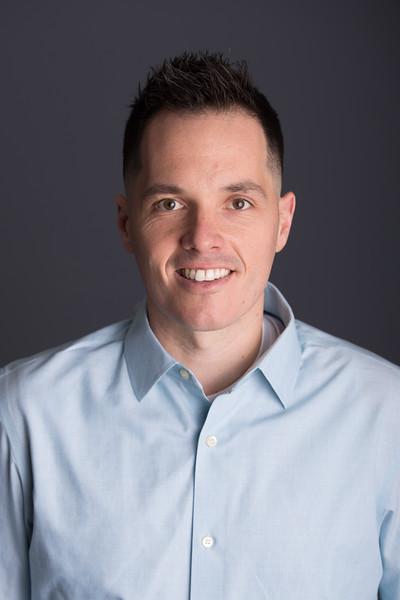 Jeff Geiger headshot proofs (6 of 10)