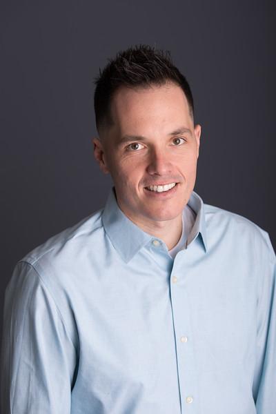 Jeff Geiger headshot proofs (4 of 10)