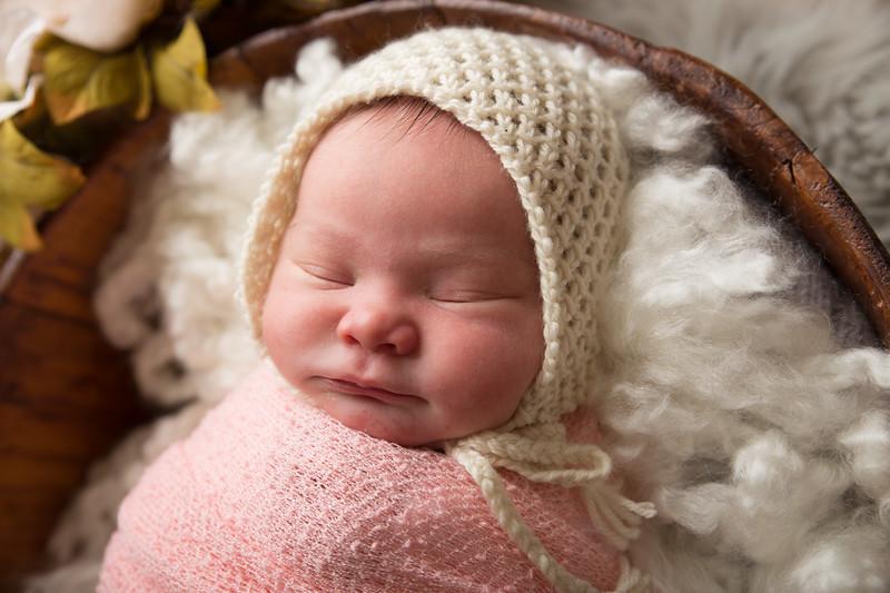 Jess Wood newborn  (31 of 86)