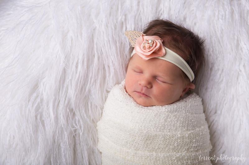 Jocelyn Newborn  (35 of 72)
