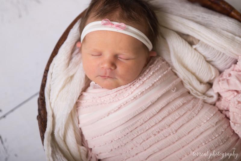Jocelyn Newborn  (24 of 72)