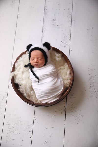 Kayla Sylvester newborn (38 of 71)