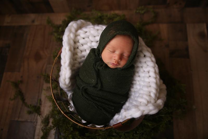 Kayla Sylvester newborn (47 of 71)