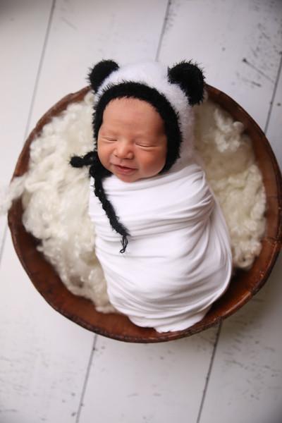 Kayla Sylvester newborn (43 of 71)