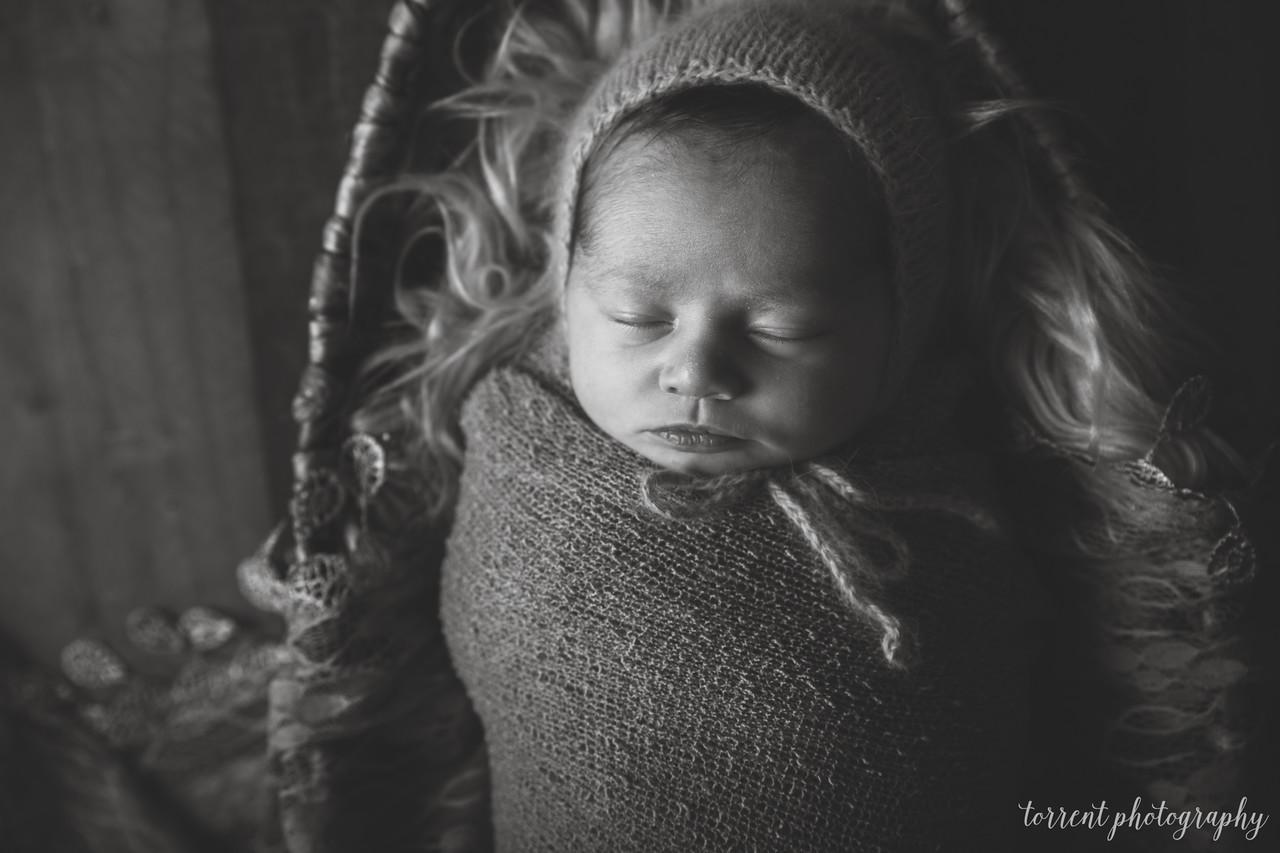 Kennidy newborn 2017 (26 of 62)-2