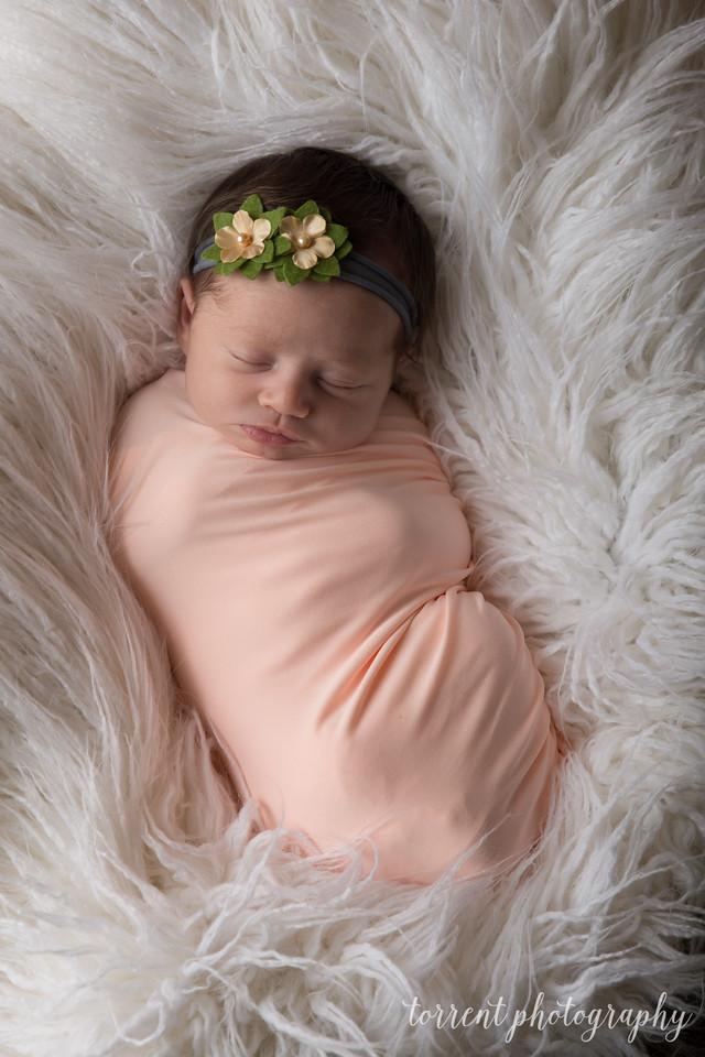 Kennidy newborn 2017 (45 of 62)