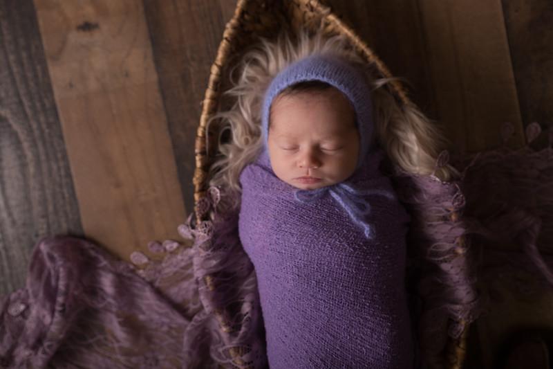 Kennidy newborn 2017 (27 of 62)