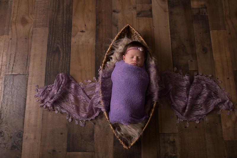 Kennidy newborn 2017 (20 of 62)