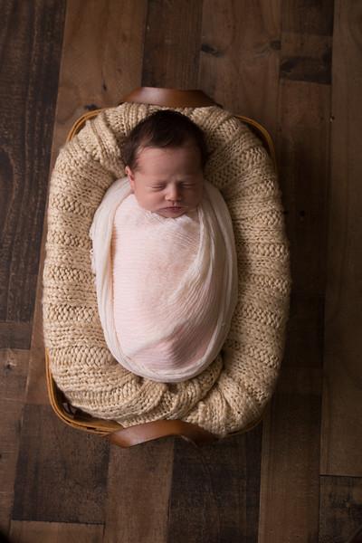 Kennidy newborn 2017 (30 of 62)