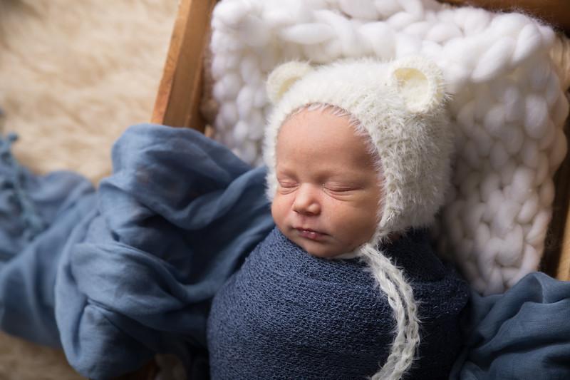 Max newborn  (30 of 66)