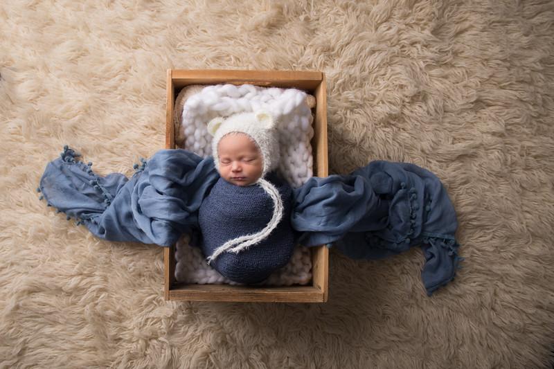 Max newborn  (31 of 66)