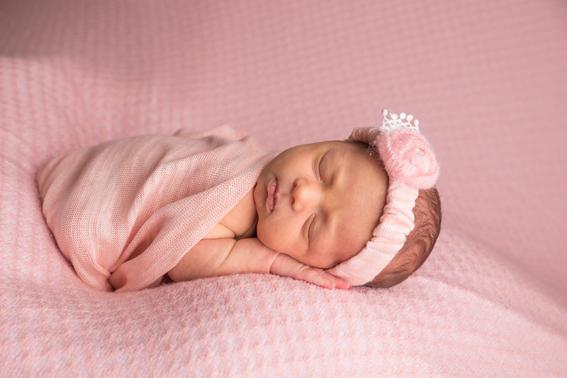 Melissa Reese newborn (16 of 82)