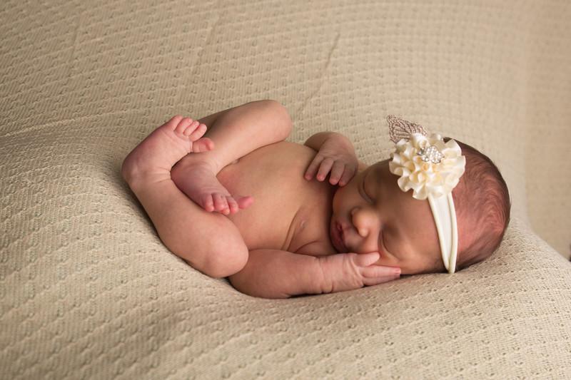 Melissa Reese newborn (45 of 82)