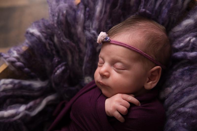 Rana Alkhouri Newborn (3 of 34)