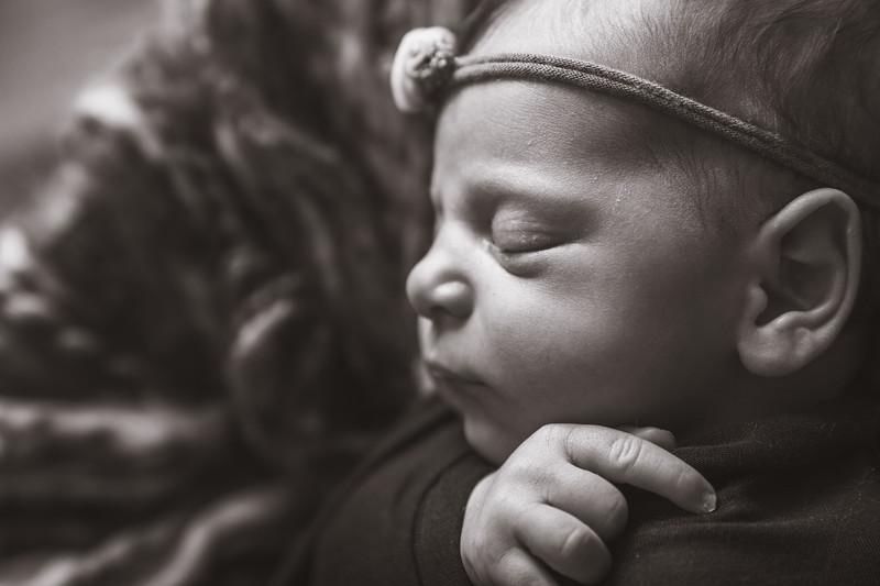 Rana Alkhouri Newborn (5 of 34)