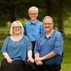 FamilyPortrait-17Jun17-Img-0040_Crop
