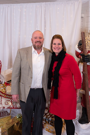 20191202 Wake Forest Health Holiday Provider Photo Booth 020Ed