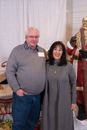 20191202 Wake Forest Health Holiday Provider Photo Booth 001Ed