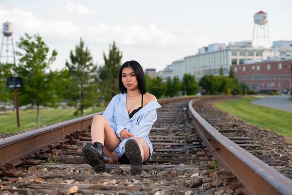 20200514 Magaly Railroad 016Ed