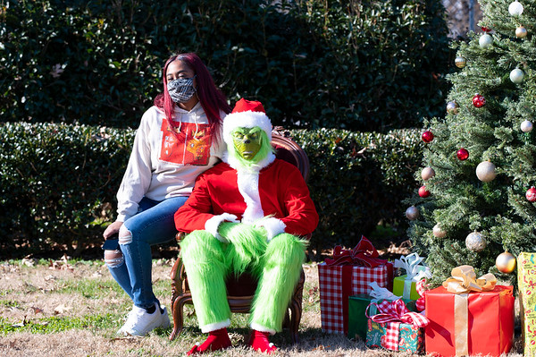 20201212 Honorable Youth Grinch Photos 004Ed
