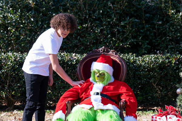 20201212 Honorable Youth Grinch Photos 028Ed