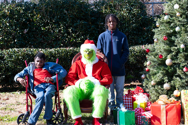 20201212 Honorable Youth Grinch Photos 005Ed