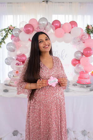 20210227 Raman Kaur Baby Shower Portraits 018Ed
