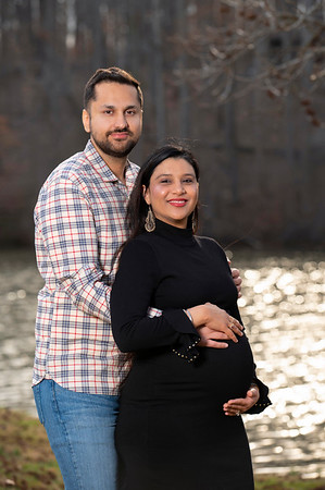 20210311 Raman and Amrit Maternity 019Ed