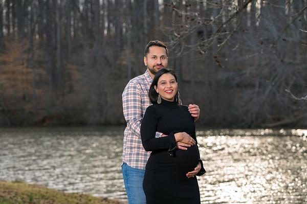 20210311 Raman and Amrit Maternity 017Ed